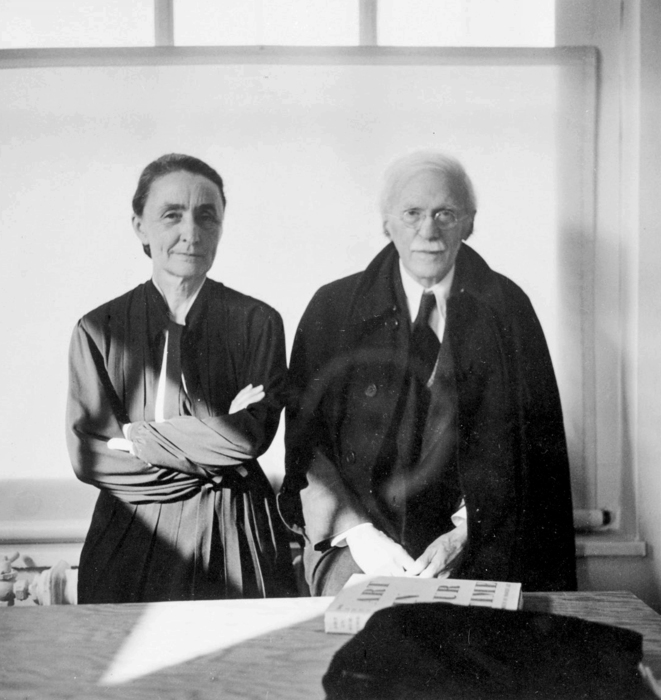 Georgia O'Keeffe and Alfred Stieglitz, Yale Collection of American Literature
